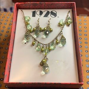 👑 1928 Necklace and Earring Set NEW
